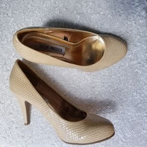 Steve Madden - Size 6 Cream Faux Snakeskin Heels